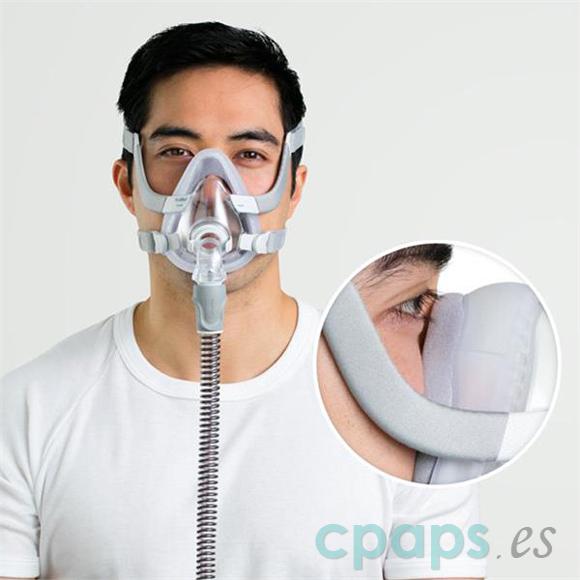 Fotografía de terapia CPAP utilizando la máscara AirTouch F20 de Resmed